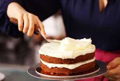 حقه های تزیین کیک تولد