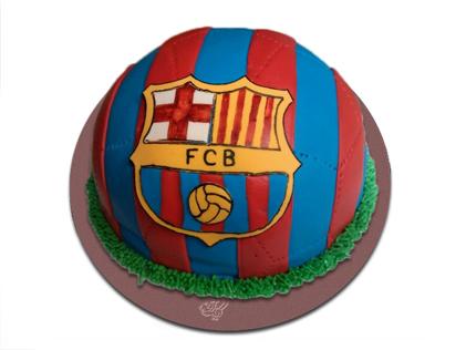 کیک تولد پسرانه-کیک تولد فوتبالی بارسلونا 4 | کیک آف