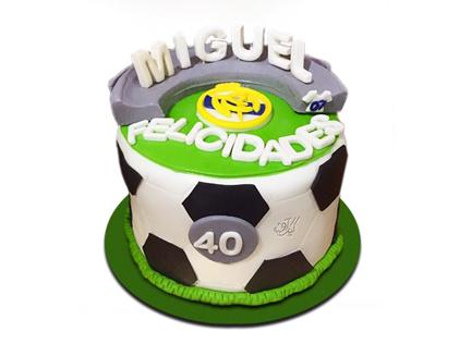 کیک فوتبالی توپ تیم ما | کیک آف