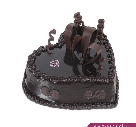 کیک عاشقانه قلب شکلاتی