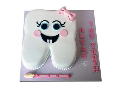 خرید کیک فانتزی - کیک جشن دندونی نیش و نوش | کیک آف