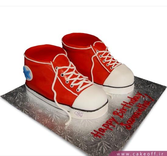 خرید کیک تولد پسرانه جدید - کیک کفش آل استار | کیک آف