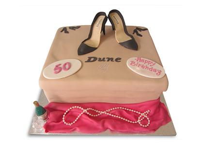 كيك تولد مادر - کیک روز زن کفش هایش | کیک آف