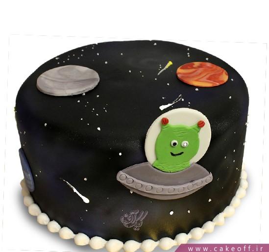کیک تولد بچگانه آدم فضایی