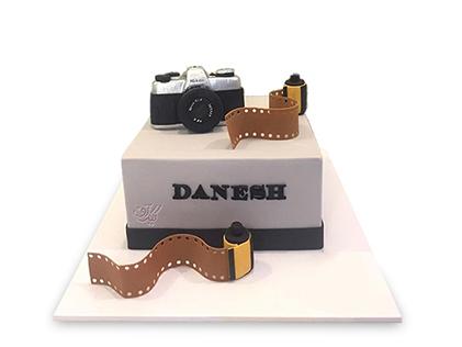 سفارش کیک تولد خاص - کیک عمو عکاس | کیک آف
