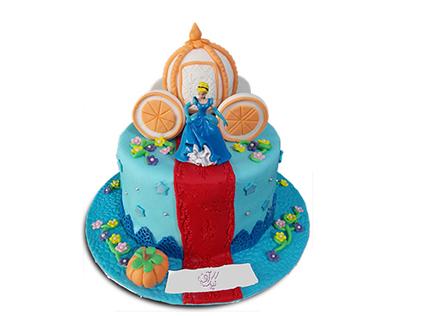 سفارش کیک تولد سیندرلا - کیک دختر پاشنه کفش طلا | کیک آف