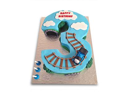 سفارش کیک تولد - کیک عدد سه قطاری | کیک آف