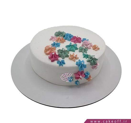 کیک خامه ای پیش به سوی کیک