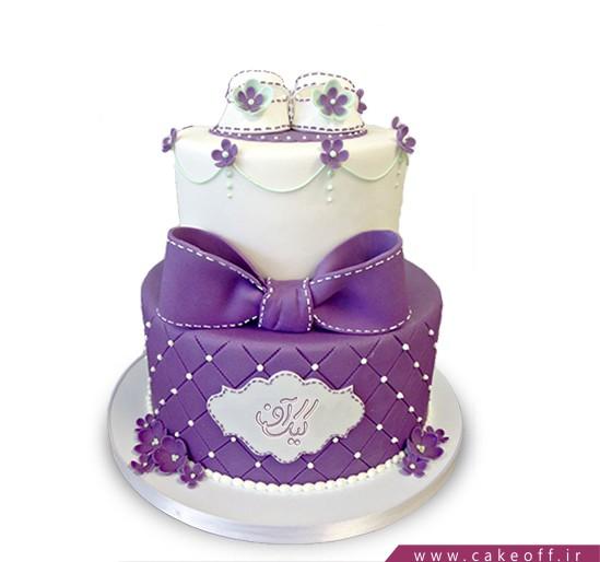 کیک گام های بنفش