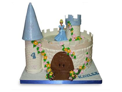 کیک تولد سیندرلا در قصر | کیک آف