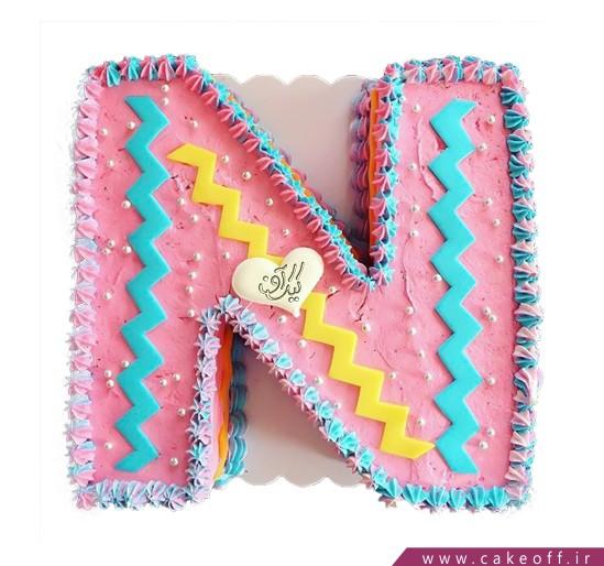 کیک حرف N صورتی