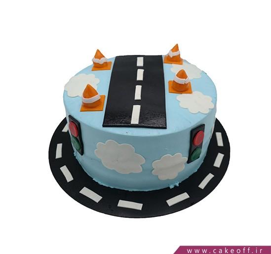 کیک بچگانه شهری روی ابرها