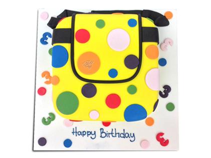 کیک تولد کیف خالخالی | کیک آف