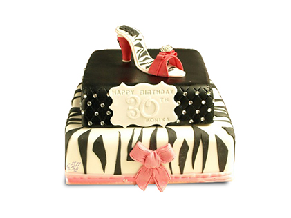 سفارش کیک زنانه - کیک کفش پاشنه دار | کیک آف