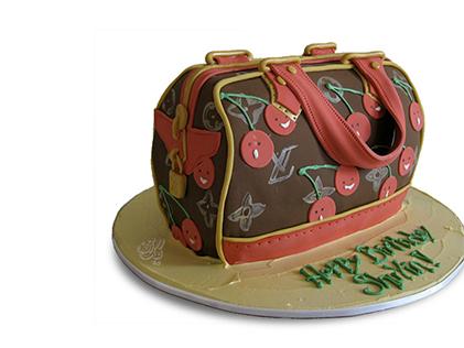 کیک زنانه - کیک کیف گیلاسی | کیک آف