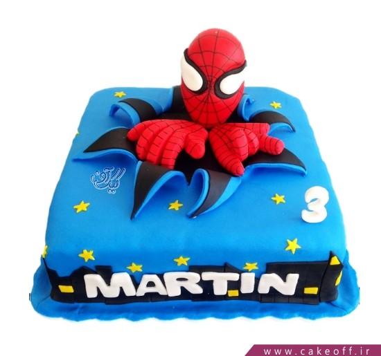 کیک تولد مرد عنکبوتی در دل آسمان