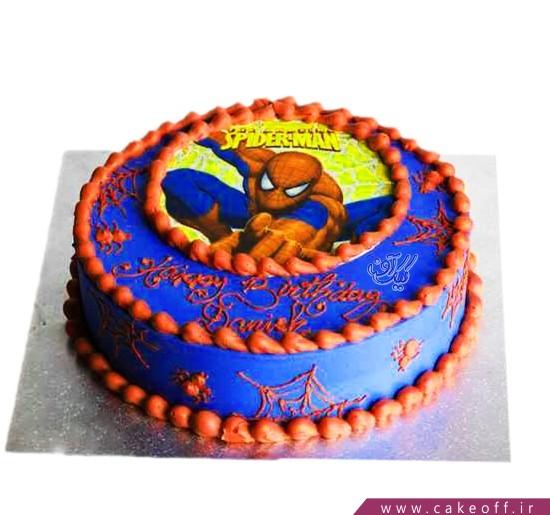 کیک مرد عنکبوتی می جنگدد